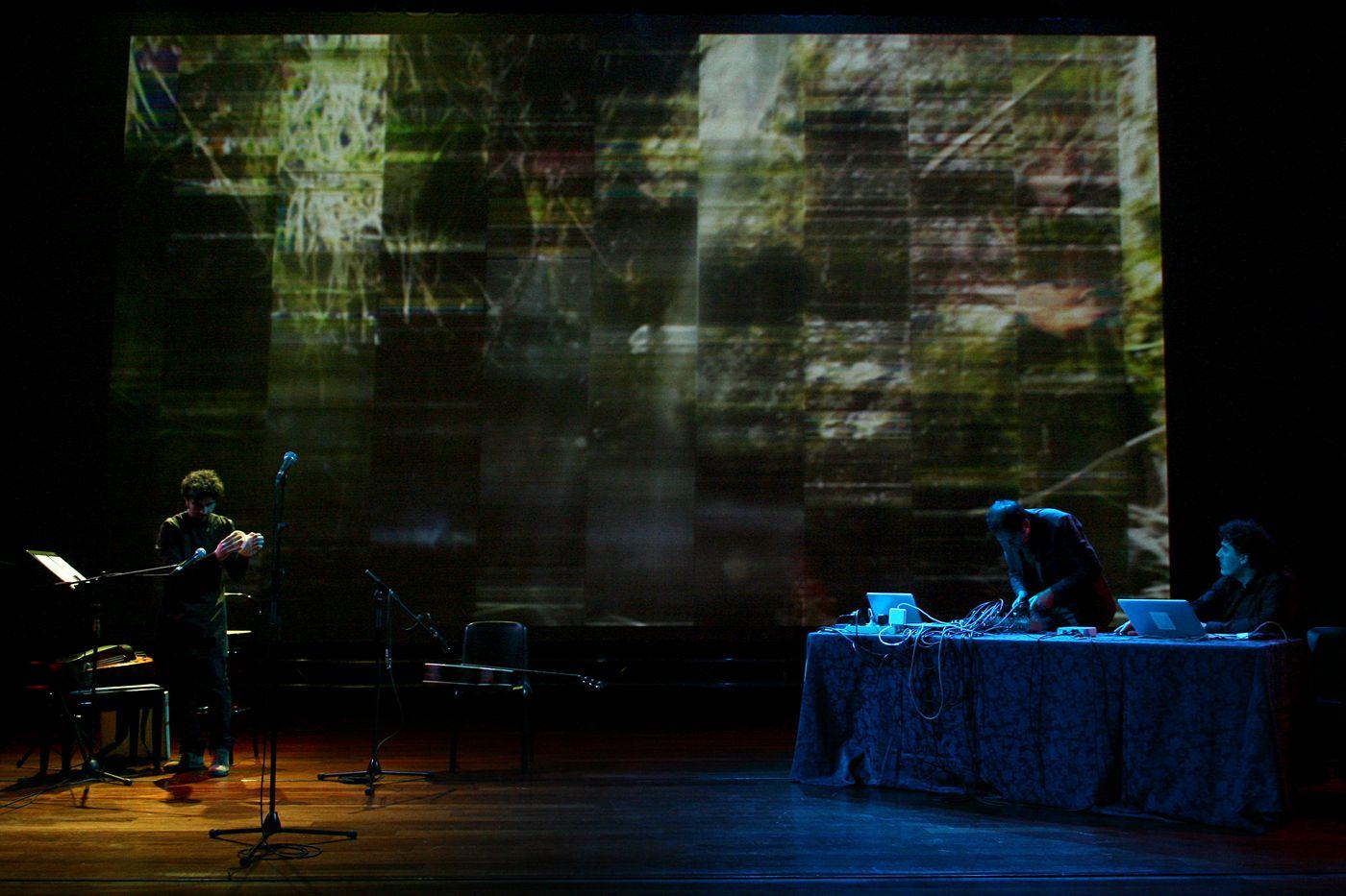 Las indagaciones sonora de Ulobit. Foto: Horacio G. D.
